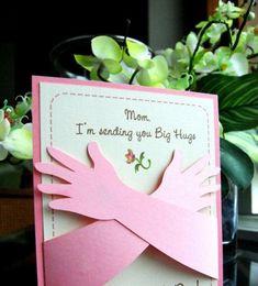 Que cartão mais lindo, não tenho molde, mais fica de ideia, seria um presentinho muito fofo para o dia das mães.