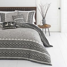 How great is this black and white pattern!? New bedding sets coming out this May for Azalea Skye! Check them out at Overstock.com. #bed #bedding #style #bedroom #home