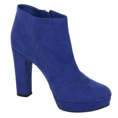 Trends I see in stores for fall - Kate Middleton Blue - read about other wearable trends at http://boomerinas.com/2013/07/wearable-clothing-trends-for-fall-2013-women-over-40-50-60/
