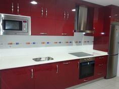 ¿ Qué se cuece en tú cocina ?  Rojo Burdeos Encimera Lapitec Bianco Polare