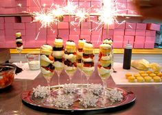 New Year's Eve Strawberry Sparkler Champagne Cupcakes!  #New Year's Recipes