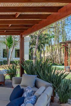Modern Gazebo, Modern Backyard, Rustic Pergola, Backyard Pergola, Bedroom Colors, Diy Bedroom Decor, Gazebos, Terrace Decor, Model House Plan