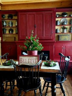 Our tavern room ready for Christmas! Tom and debbie include when pinning. Primitive Christmas, Country Christmas, Simple Christmas, Christmas Home, Christmas Decor, Christmas Ideas, Holiday Decor, Kitchen Tables, Kitchen Dining