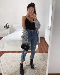 Womens Clothes Shops Galway down Cute Summer Outfits For Graduation Parties Casual Weekend Outfit, Brunch Outfit, Cute Casual Outfits, Simple Outfits, Cute Jean Outfits, Outfits With Jeans, Outfits With Grey Cardigan, Casual Goth, Black Outfits