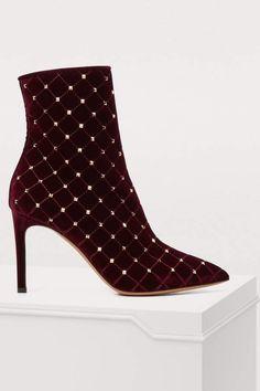 58a41eeb8f06 Buy Valentino Valentino Gavarani studded ankle boots online on 24 Sèvres.