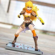 The Yang's all here!  This is Figure 4 of 4 for Series 1 RWBY Figures created by McFarlane Toys. NOTE: All figures will be available in UK and AUS stores soon.