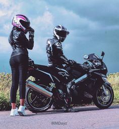 #motocycle #moto #biker #motogirl #riders #motorcyclelife #bikelive #sportbikelife #motolady #rider  #honda #vfr800 #hondavfr800 #season2016 #мотосезон2016 #мото #байк #мотоцикл #мотоциклы #спортбайки #спортбайк #хонда #выфер #байкер #покатушки #мотопара #мотобудни #mmdayz