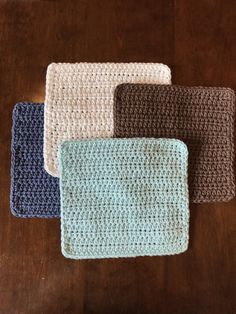 I decided to do a little refresh on the washcloth I posted almost 4 years ago. Crazy how times flies so quickly! I have made a few changes and added some more photos to help you along the way. I also...