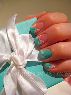Tiffany and co. manicure. This is what im going to get for one of my anniversary presies :)