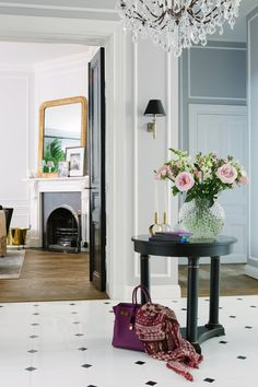 Caroline Roth, a fabulous gal who spent years working at Ralph Lauren,  settled her family in Stockholm and its utterly beautiful! As I perused the  photos of her home, I noticed a few things that I've seen in some of my  favorite homes. Here are 5 things that popped out to me that I must have in  my next space. . .  1. Antique lighting.The chandeliers throughout the home are straight from  France. The gold and crystal mixes are just dazzling with glamour.  2.Black doors.Most people…