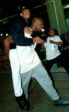 Kobe and Shaq Basketball Legends, Sports Basketball, Kobe Bryant Black Mamba, Los Angeles Lakers, Back To Black, Black People, 4 Life, Anonymous, Athletes