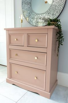 PLEASE NOTE THIS IS NOT FOR SALE IT IS AN EXAMPLE PIECE ONLY - PLEASE MESSAGE FOR COMMISSION ENQUIRIESThis is a lovingly hand painted chest of drawers hand painted in Craig and Rose Pink beige eggshell paint.Would look great in a modern or traditional setting and features stunning brass hexagonal handles.A card is included with the product with instructions on how to care for your piece and all pieces can be collected or will be shipped with a third party courier and packaged thoroughly and… Chest Of Drawers Upcycle, Pink Chest Of Drawers, Pink Chests, Chest Of Drawers Makeover, Pink Dresser, Diy Dresser Makeover, Modern Chest Of Drawers, Dresser Ideas, Painted Drawers