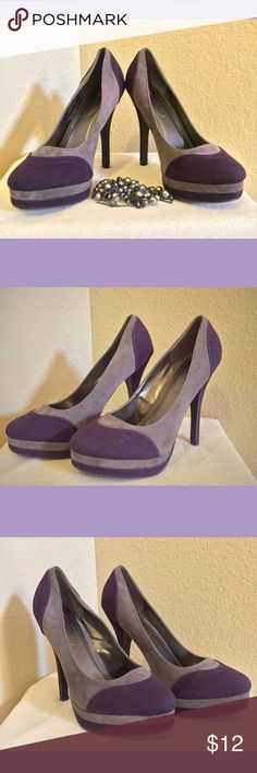 Red Circle Purple Pumps 👠Red Circle Purple Suede Two Color Tone Pumps... Gently worn they do have toe pad inserts that can be removed.. Shoe size is approximately 9 to 9.5👠 Red Circle  Shoes Heels