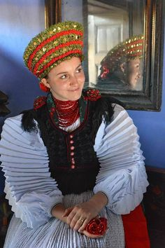 The Székely Land or Szeklerland is a historic and ethnographic area in Romania, Traditional Dresses, Traditional Art, Folklore, Art Populaire, Hungarian Embroidery, World Crafts, Folk Dance, Anthropologie, Ethnic Fashion