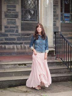 Maxi skirt with denim jacket