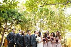 Wedding Party at the Japanese Friendship Garden in Balboa Park, San Diego, CA   Aaron Huniu Photography   #japanesegarden #weddingparty #kiss