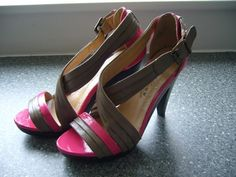 angel in the north blog DIY tutorial neon pink shoes 001 (2)