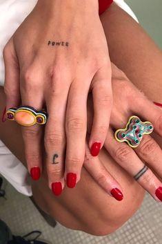 power tattoo / ink / tattoo / hand tattoo / minimal tattoo , Source by marissadcunha Hand Tattoos, Tattoos Motive, Finger Tattoos, Body Art Tattoos, Tatoos, Key Tattoos, Tattoo Symbols, Fish Tattoos, Tattoo Fails