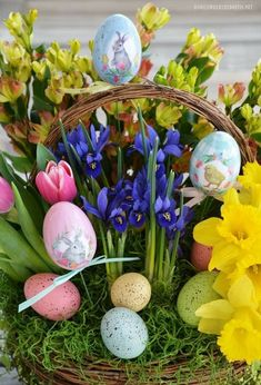 Are you in need of some flower therapy? Easter Flower Arrangements, Easter Flowers, Flower Centerpieces, Easter Centerpiece, Easter Art, Easter Crafts For Kids, Easter Eggs, Bunny Crafts, Easter Decor