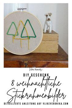 Gestalte mit diesen acht Stickvorlagen, die Du am Blog herunterladen kannst, schöne adventliche Wanddekoration und kleine Mitbringsel. #diy #sticken #weihnachten
