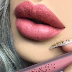 5 Beauty Tips on How To Apply Matte Lipstick Lipstick – Alpi Styles Matte Lipstick Brands, Hot Pink Lipsticks, Matte Lipsticks, Lipstick Colors, Lip Colors, Maroon Lipstick, Metallic Lipstick, Purple Lipstick, Lipstick Shades
