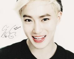 Image via We Heart It https://weheartit.com/entry/119659021/via/1675267 #adorable #exo #handsome #leader #signature #smiling #suho