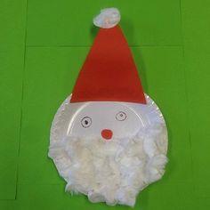 un père Noël réalisé avec une assiette en carton et du coton  #bricolage #père #Noel #Noêl #assiette #carton #caboucadin