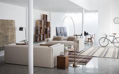 Stile e qualità che nascono dall'armoniosa combinazione tra materiali pregiati e lavorazioni che abbinano tecnologia e sapienza artigianale.