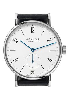 At only 8.3mm thick the Tangomat is super comfortable on the wrist. With an extra large date indicator, this automatic watch is also perfect for all those who suffer from chronic forgetfulness, seldom