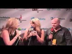 Kelly & Rider Live at the CMA Awards :: Lauren Alaina