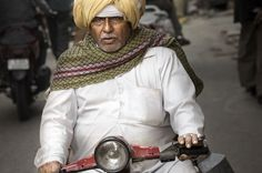 The Easyrider (Udaipur #Rajasthan #India) #asia #bike #city #india #light #man #motorcycle #people #portrait #rajasthan #scooter #street #street #photography #travel #turban #udaipur #photo #photography #fliiby #images #yyazilim #people #nature