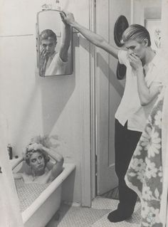 The Man Who Fell To Earth.