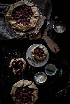 Local Milk x Little Upside Down Cake Portugal Styling & Photography Workshop Local Milk, Dark Food Photography, Sweet Butter, Food Styling, Food Art, Food Inspiration, Sweet Tooth, Healthy Recipes, Cooking