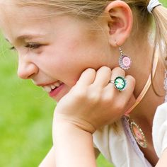 Bottle Cap Co | Bottle Cap Craft Creative Ideas--rings and earrings---easy craft for girls to make at a party!