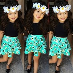 Cute. I love the colors. I need to look for something like thiz for my daughter.