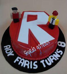 Shyieda Gateaux Homemade Melaka: Roblox cake for Ady Roblox Birthday Cake, Roblox Cake, My Birthday Cake, Boy Birthday, Birthday Ideas, 9th Birthday Parties, Cake Creations, Themed Cakes, Party Cakes