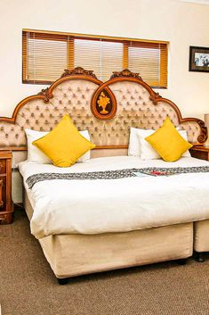 Ludick's Guest Lodge – Bed and Breakfast 17 Frans Conradie Drive, Parow Contact Person: Agnisia Ludick Call: +27 (0) 21 939 5205 Mobile +27 (0) 82 462 9890 Email: info@ludickslodge.co.za  This 16 bedroom, all with ensuites, modern Bed and Breakfast is centrally situated to all amenities.  It provides breakfast, a packed lunch and dinner on request.  Credit Cards Accepted.  #LudicksLodge #LudicksBedandBreakfast #Parow #CapeTown #SouthAfrica Pool Table, Credit Cards, Cape Town, Bed And Breakfast, Lodges, Swimming Pools, Lunch, Dinner, Bedroom