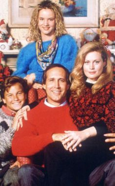 Chevy Chase, Beverly D'Angelo, Juliette Lewis, and Johnny Galecki in National Lampoon's Christmas Vacation The Grinch, Lampoon's Christmas Vacation, Christmas Music, Merry Christmas, Christmas Time, Christmas Classics, Christmas Specials, Christmas Cards, Christmas Pictures