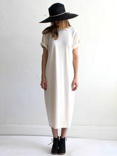 long oversized tshirt dress + hat