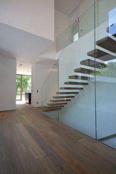Bünck Architektur :: 2016 köln müngersdorf Modern House Ideas For You After leaving the parental dom Blog Architecture, Stairs Architecture, Modern Stairs, House Stairs, Tile Stairs, Interior Stairs, Staircase Design, House Goals, Future House