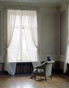 SUSANNA HESSELBERG Née en 1967 à Uppsala, Suède Vit et travaille à Malmo, Suède