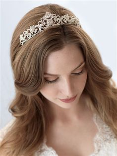 Elizabeth Rhinestone Crown. A sophisticated and stunning bridal tiara.  Who doesn't love a little princess on their wedding day!