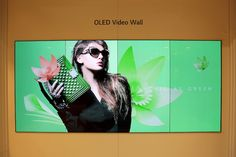 oled-lg LG presenta su televisor OLED Transparente y sin bordes Electronics Companies, Lg Electronics, Lg Oled, Digital Signage, Business, See Through, Television Set, Digital Signature, Store