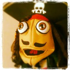 My very first puppet based in the character of Jack Sparrow