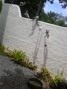 One of the walls at Pinto Art Museum in Antipolo, Rizal (Philippines) Faeries, Art Museum, Philippines, The Neighbourhood, Walls, Spaces, Gallery, Plants, The Neighborhood