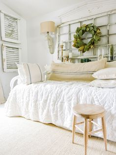 Down Stairs Guest Bedroom Progress Farmhouse Master Farmhouse Daybeds, Farmhouse Style Bedrooms, Farmhouse Master Bedroom, Farmhouse Decor, Guest Bedrooms, Girls Bedroom, Bedroom Decor, Daybed Room, Daybed Bedding