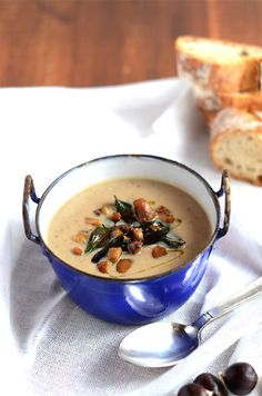 chestnut soup and sage    CHESTNUT SOUP AND SAGE  for 4 to 6 people    3 tablespoons olive oil  15 g butter  1 medium onion, chopped  6 sage leaves, coarsely chopped and some for the presentation  1 liter of vegetable stock  400 g cooked and peeled chestnuts  10 cl of fresh cream  salt and pepper