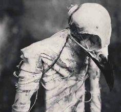 dark-recesses-of-the-soul:   ☽ dark, horror,... - obsoletesystem