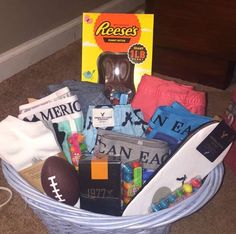 62 Ideas Birthday Gifts For Teens Boys Easter Baskets For 2019 Boyfriend Gift Basket, Birthday Gifts For Boyfriend, Boyfriend Gifts, Teen Boyfriend, Teen Boy Birthday Gifts, Funny Boyfriend, Husband Birthday, Boys Easter Basket, Easter Gift Baskets