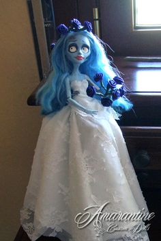 Repainted Monster High Ghoulia Sold The Corpse Bride 2 Monster High Ghoulia, Monster High Repaint, Tim Burton, Corpse Bride Doll, Living Dead Dolls, Monster High Custom, Halloween Doll, Doll Crafts, Alexandria